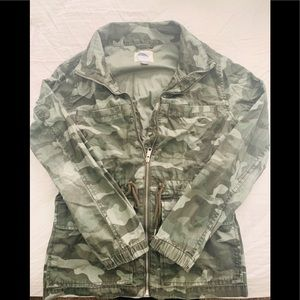 Lightweight camouflage jacket from old navy.